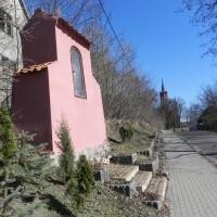 Kapliczka w Lutrach
